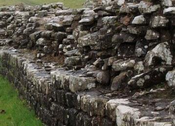 Stovyklavimas netoli Hadriano sienos (Hadrian's Wall)